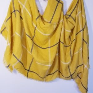 Old navy blanket scarf gold white and charcoal